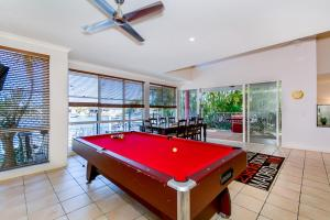 Hepburn Holiday Haven, Holiday homes  Banksia Beach - big - 6