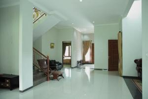Samia Residence, Nyaralók  Bogor - big - 4
