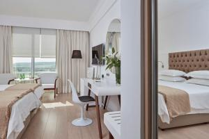 Standard Twin or Double Room Inland View Grecian Park