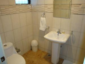 Twin Room with Private Bathroom Hotel Santander SD