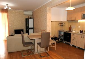 Apartment Lion, Apartmány  Petrovac na Moru - big - 5