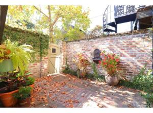 obrázek - Oglethorpe Square Main + Garden Home - Three-Bedroom