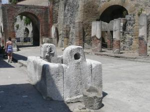 Garden House, Bed and breakfasts  Ercolano - big - 58