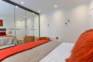 Drayton, Апартаменты  Лондон - big - 6