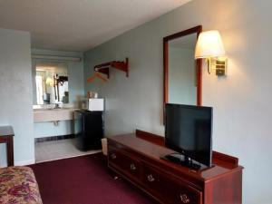Mount Vernon Inn, Motels  Sumter - big - 32
