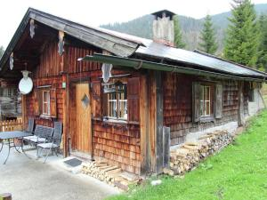 Accommodation in Unken