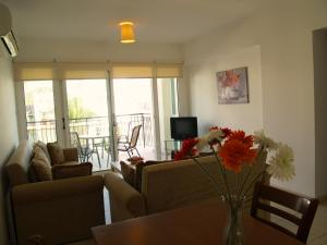 Yiasemi Apartment DPS101