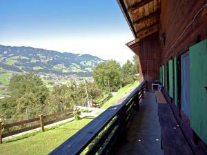 Wasserfall, Prázdninové domy  Hart im Zillertal - big - 20