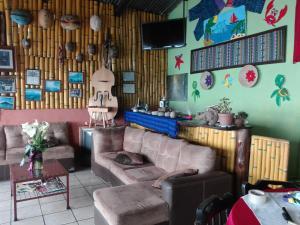 Hotel y Restaurante Chi Swan, Отели  Серро-де-Оро - big - 59