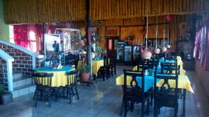 Hotel y Restaurante Chi Swan, Отели  Серро-де-Оро - big - 60