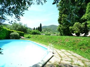 Charming Holiday Home in Tuscany near Lake Puccini - AbcAlberghi.com
