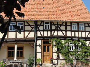 Holiday home Fachwerkhaus 1 - Leina
