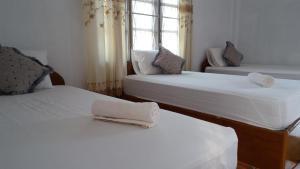Sanhak Guesthouse 1 - Muang Pakxan