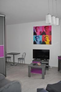 Pop Art Apartments