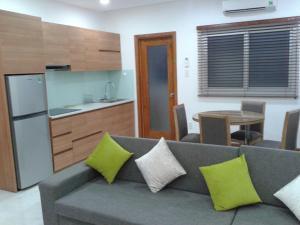 Apartment 4112