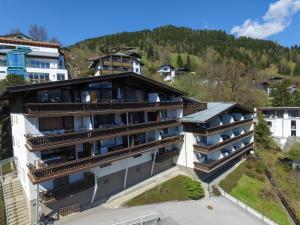 Appartement THE GOOD VIEW by All in One Apartments, Apartmány  Zell am See - big - 28