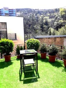Brand New Apartment with Terrace, Apartments  Tbilisi City - big - 33