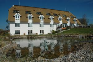 Alago Hotel am See - Cambs