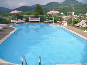 Location gîte, chambres d'hotes Chalet Les Chalets Des Ayes 5 dans le département Vosges 88