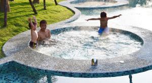 Fuli Hot Spring Resort, Szállodák  Jücsi - big - 56