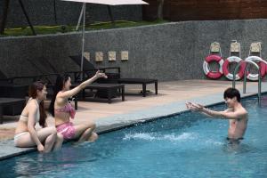 Fuli Hot Spring Resort, Szállodák  Jücsi - big - 54