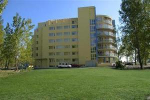 Marack Apartments