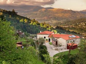 Lindo, Holiday homes  Ponte da Barca - big - 36