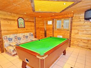 Location gîte, chambres d'hotes Panoramic Chalet in Champagny-en-Vanoise near Paradiski Ski Area dans le département Savoie 73