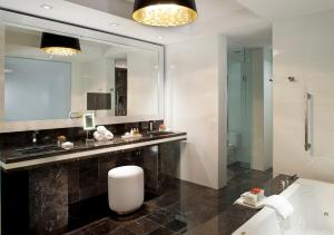 Hotel Beaux Arts Miami (40 of 49)