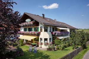Gästehaus Alpina - Hotel - Bad Kohlgrub - Hörnle