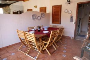 Villa Holiday San Vito, Prázdninové domy  San Vito lo Capo - big - 13