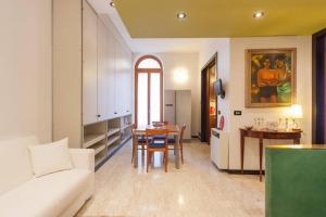 apartament Deluxe Quattro Spade - AbcAlberghi.com