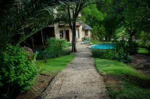 The Rivonia River Lodge - Sandton