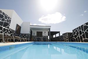 Casa Villa Varichuelo, Tias