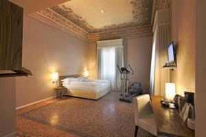 I Portici Hotel Bologna (11 of 78)