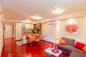 Leona & Borna's Central Lapad Suites, Appartamenti  Dubrovnik - big - 89