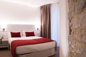 Hotel Pompaelo (14 of 62)