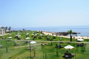 Amphora Hotel & Suites, Пафос