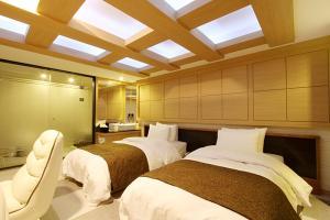 Suwon Orsay Business Hotel, Hotely  Suwon - big - 81