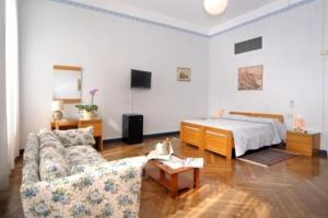 Hotel Mediterranee