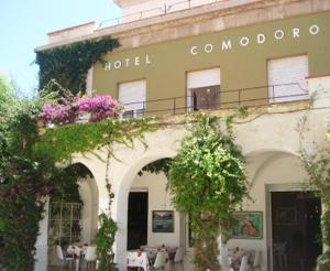 Hotel Comodoro - Portbou