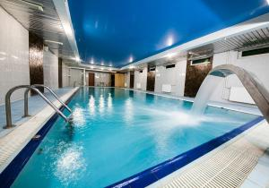 Hotel Yacht Club Noviy Bereg, Üdülőtelepek  Boltyino - big - 81