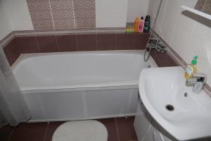 Apartment bulvar Lenina 3, Ferienwohnungen  Toljatti - big - 15