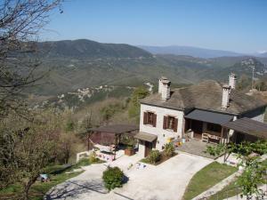 Hostales Baratos - Foris House