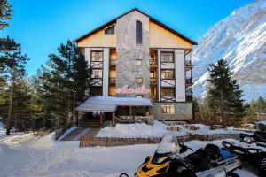 Relax Hotel Azau Star - Accommodation - Terskol