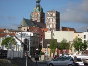 Pension Zur Fährbrücke, Hotel  Stralsund - big - 63