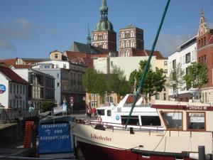 Pension Zur Fährbrücke, Hotels  Stralsund - big - 70
