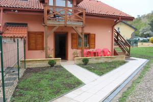 Apartmany u Janka Vinné Jazero, Vendégházak  Vinna - big - 40