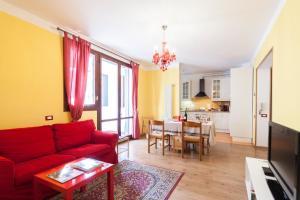 Bologna Rainbow House - AbcAlberghi.com