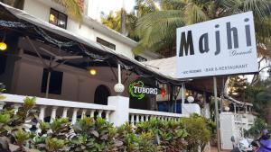 Auberges de jeunesse - Majhi Hotel